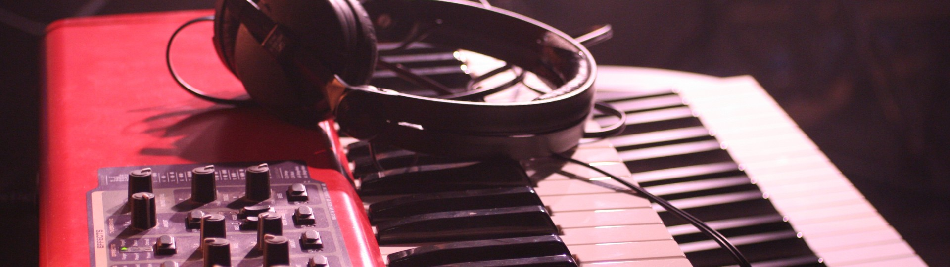 music-instruments-5-1422111